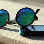 コンビニでも買える無印の「携帯用メガネ拭き」が画面用にも手軽で使いやすい